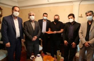 دیدار جمعی از مدیران دانشگاه و جهاددانشگاهی صنعتی امیرکبیر با خانواده شهیده مدافع سلامت