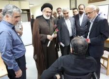 بازدید دانشگاهیان امیرکبیر از مرکز توانبخشی جانبازان شهید بهشتی در هفته دفاع مقدس